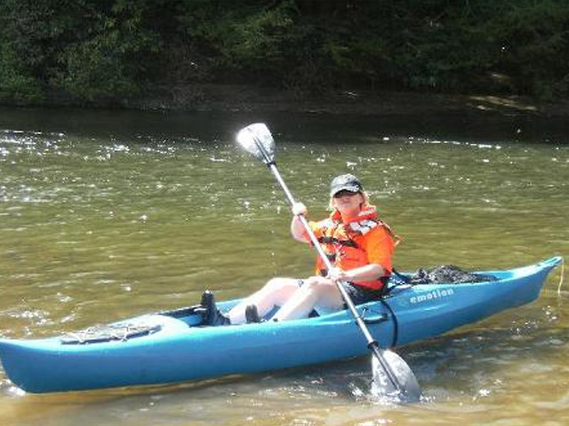 Toccoa River kayak or canoe rentals, Blue Ridge, GA